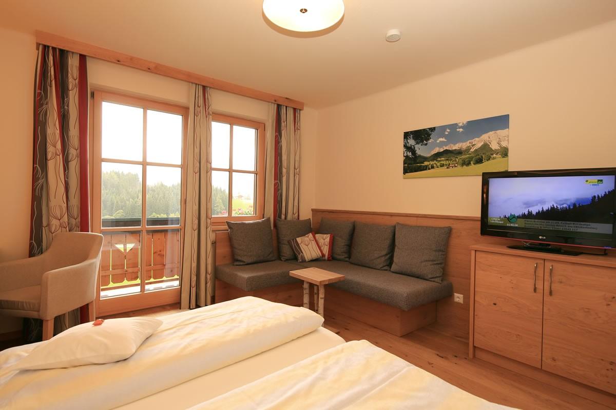 zimmer mit fr hst ck pension alpenperle ramsau am dachstein. Black Bedroom Furniture Sets. Home Design Ideas